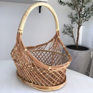 3 for $20🌼 Basket With Handle